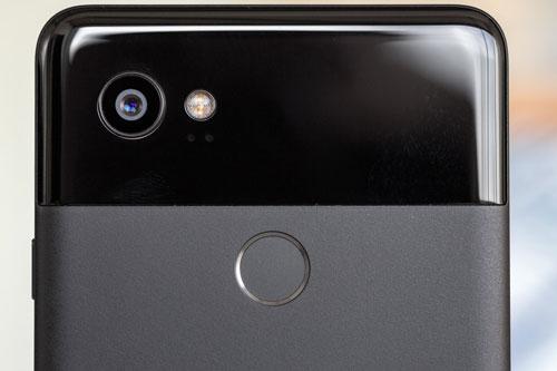5. Google Pixel 2 XL (tốc độ chụp: 0,951 giây/tấm hình).
