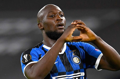 9. Romelu Lukaku (Inter Milan mua từ M.U, 74 triệu euro).