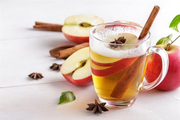 Giấm táo và mật ong giúp bạn tỉnh táo trong ngày mới