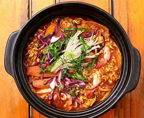 Món mì cay Hàn Quốc thơm ngon