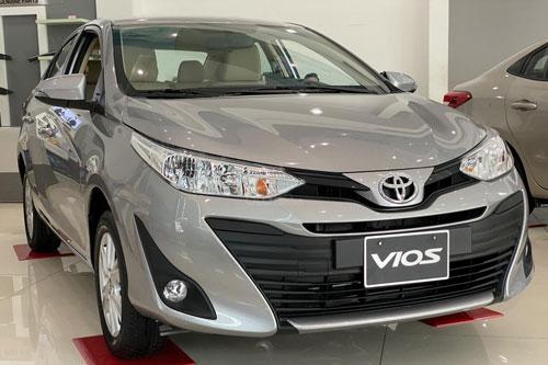 1. Toyota Vios (doanh số: 2.811 chiếc).