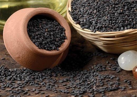 Nước mè đen giúp thanh lọc cơ thể