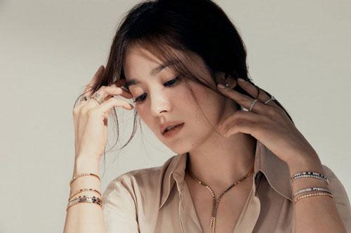 Song Hye Kyo 'đánh úp' bằng bộ ảnh đẹp điên đảo, chứng minh phụ nữ đẹp nhất khi không thuộc về ai