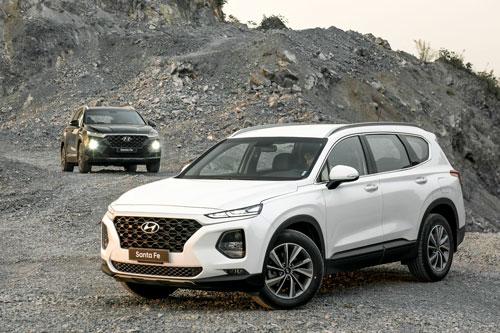 7. Hyundai Santa Fe (doanh số: 1.198 chiếc).