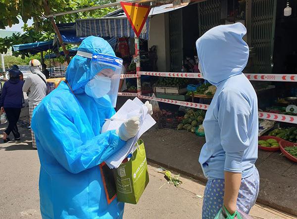 Đà Nẵng: Tạm ngưng hoạt động chợ Nại Hiên Đông vì có 3 ca nhiễm Covid-19 từng vào mua sắm tại chợ