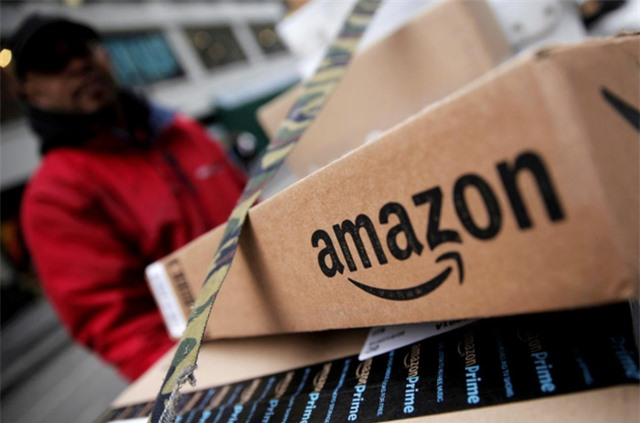 Amazon nuốt chửng các cửa hàng bách hóa sập tiệm - Ảnh 1.