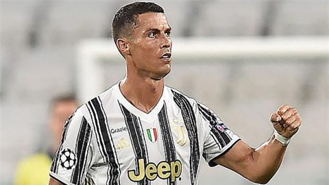 Ronaldo nhận lương tới 28 triệu bảng/năm