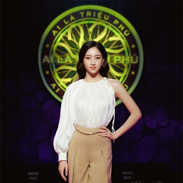 hoa-hau-luong-thuy-linh-1-15965604179472107255371-ngoisaovn-w620-h620 3