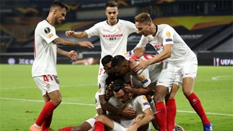Sevilla lập hàng loạt kỷ lục sau khi giành vé vào tứ kết Europa League