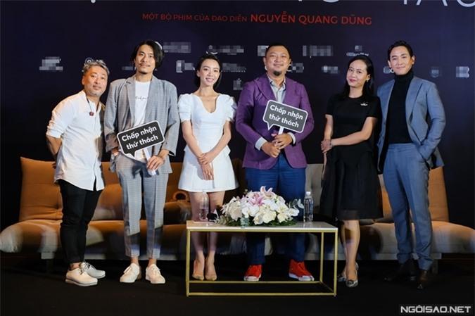 Đoàn phim Tiệc trăng máu tổ chức họp báo hôm 28/7.