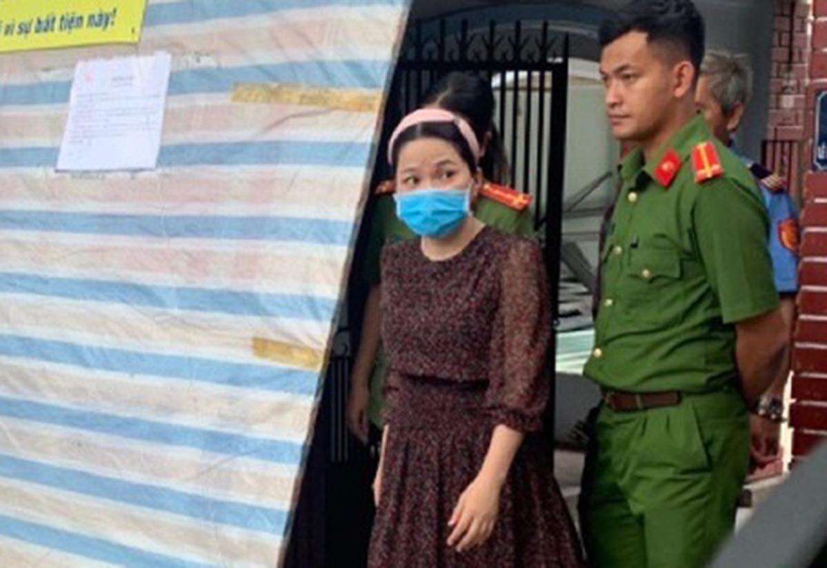 Huỳnh Thị Hạnh Phúc bị bắt giam với cáo buộc lừa đảo, ngày 11/8. (Ảnh: Công an TP.HCM)