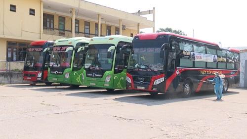 Tây Nguyên: Tạm dừng hoạt động vận tải khách đến tâm dịch miền Trung