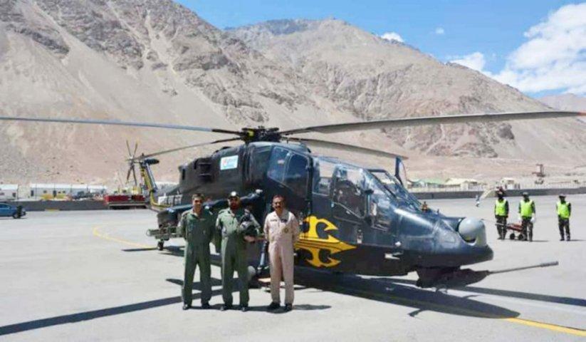 Trực thăng hạng nhẹ LCH đã được Ấn Độ đưa tới điểm nóng. Ảnh: Janes Defense.
