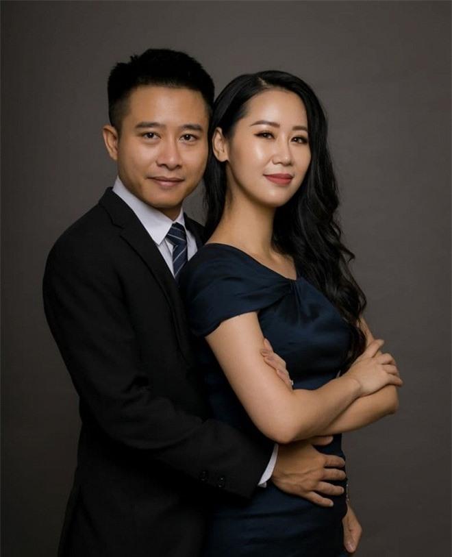 Dương Thùy Linh và chồng 0
