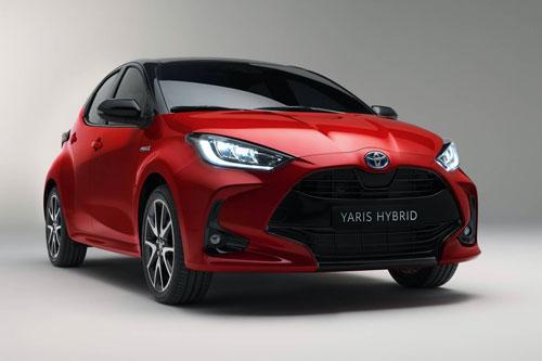 1. Toyota Yaris (doanh số: 14.004 chiếc).