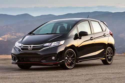 5. Honda Fit (doanh số: 9.213 chiếc).
