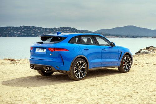 10. Jaguar F-Pace SVR 2020.