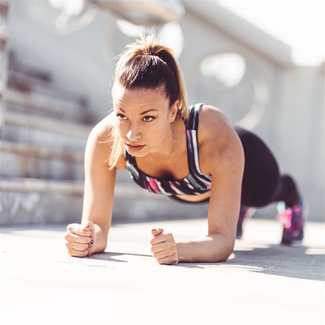 3-minute-ab-workout-runners-15973101180051151727149
