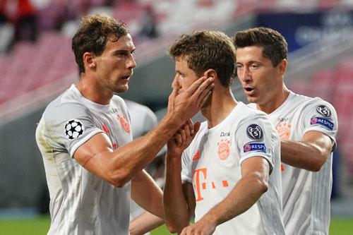 'Vùi dập' Barca 8-2, Bayern thẳng tiến vào bán kết Champions League