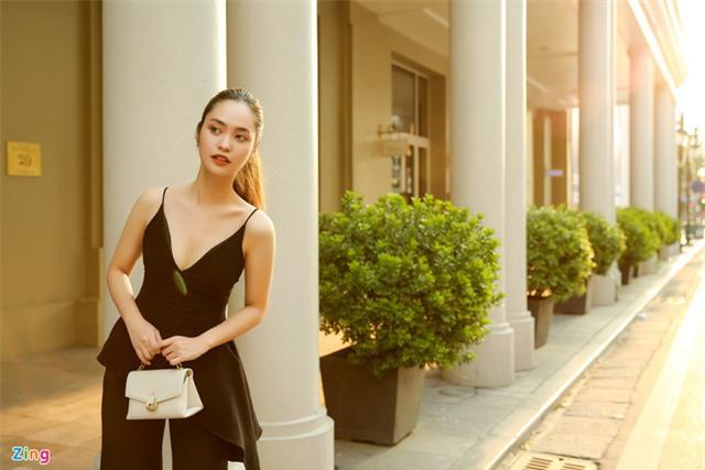 Nhan sắc đời thường của cô gái dân tộc Tày thi Hoa hậu Việt Nam - Ảnh 2.