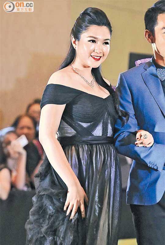 Hoa hậu ân ái trong xe hơi bị TVB ghẻ lạnh vì nặng 85kg bây giờ ra sao? - Ảnh 8