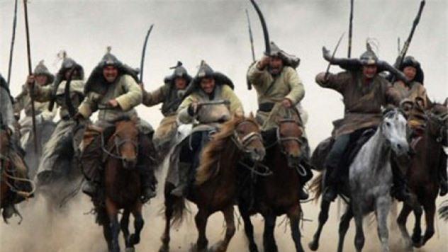 Trong suốt thế kỷ XIII, vó ngựa của quân xâm lược Mông Cổ đã tung hoành khắp nơi
