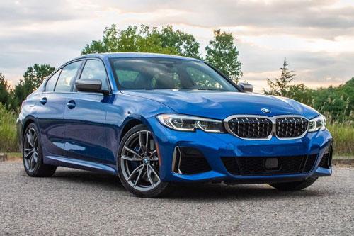7. BMW M340i 2021 (giá khởi điểm: 54.700 USD, thời gian tăng tốc từ 0-96 km/h: 4,1 giây).