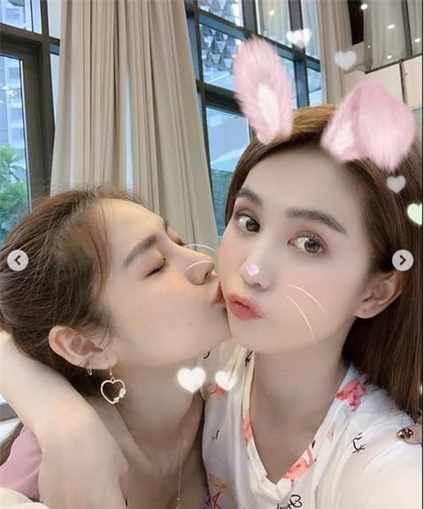linh-chi-ngoc-trinh-02-ngoisaovn-w479-h575 0