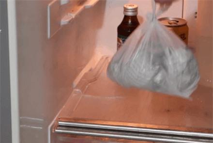 Cất trong tủ lạnh cả tháng mà quả chanh vẫn căng mọng, tươi rói chỉ nhờ một tờ báo cũ - 8