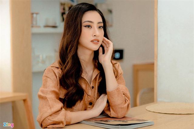 Hoa hậu Lương Thùy Linh: 'Tôi không chỉ có đôi chân dài 1,22 m' - Ảnh 6.