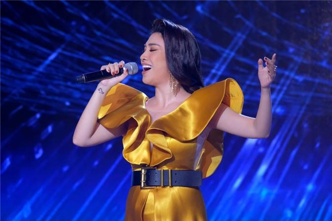 Én Vàng là cuộc thi hàng đầu về lĩnh vực dẫn chương trình, từng phát hiện nhiều tên tuổi nổi tiếng: Trấn Thành, Hồng Phượng....