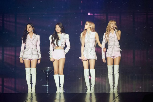 YooA (Oh My Girl) gây sốt với body siêu thực, Netizen lo sợ BLACKPINK sớm bị soán ngôi   - Ảnh 8