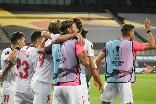 Sevilla xuất sắc giành vé vào chung kết. Ảnh: Getty.