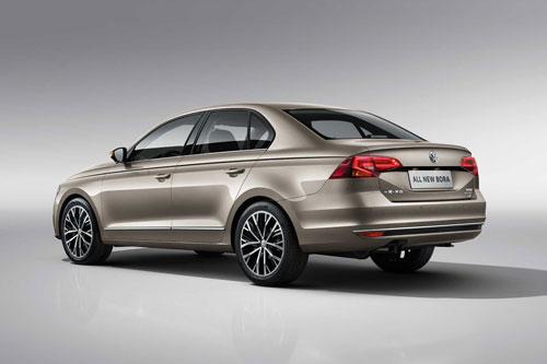 7. Volkswagen Bora (doanh số: 21.947 chiếc).