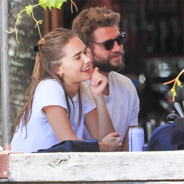 Chồng cũ Miley Cyrus sống tốt hơn hậu ly hôn - Ảnh 1.