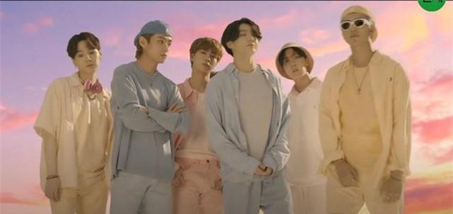 BTS tung teaser ca khúc mới đậm chất disco - Ảnh 1.