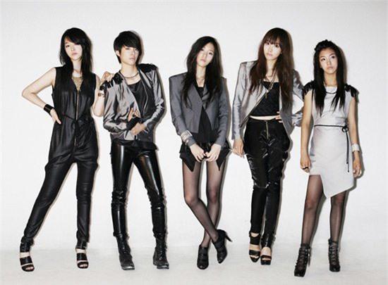 Krystal f(x) rời SM Entertainment sau 10 năm hoạt động - Ảnh 1.