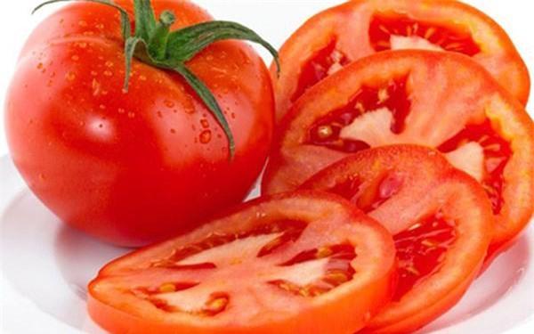 Mách nhỏ nàng cách đắp mặt nạ cà chua an toàn, hiệu quả mà lại đơn giản và tiết kiệm - 4
