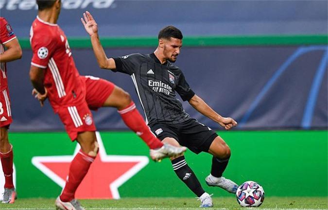 Aouar là cầu thủ chơi nổi bật nhất bên phía Lyon