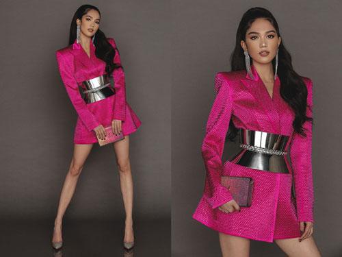 Hồi đầu năm 2020, mỹ nhân 30 tuổi này tung bộ ảnh thời trang khiến bao người bất ngờ.