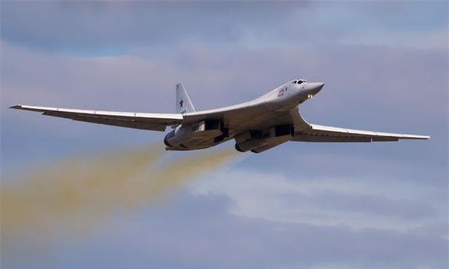 may bay nem bom tu-160m2 va tu-22m3m se dung cong nghe cua su-57 hinh 1