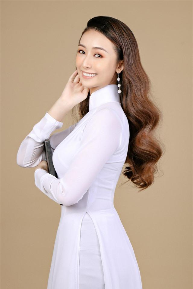 Nhan sắc trẻ đẹp của cô gái Vĩnh Long muốn thử sức ở Hoa hậu Việt Nam 2020 - Ảnh 1.