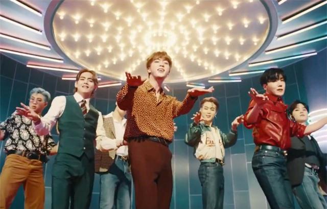 Vừa ra mắt, MV mới của BTS phá đậm kỉ lục của BLACKPINK - Ảnh 1.