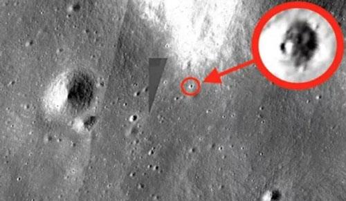 Hình ảnh được cho vật thể lạ có liên quan đến người ngoài hành tinh trên Mặt trăng.