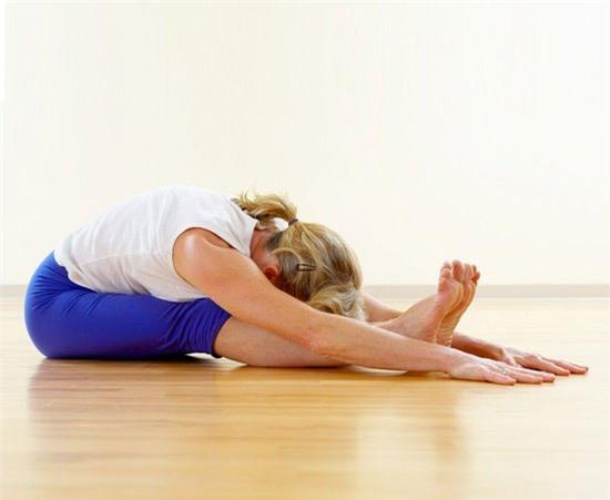 yoga-chua-benh-dau-lung-5