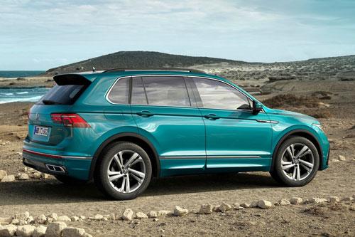 9. Volkswagen Tiguan (doanh số: 246,969 chiếc).