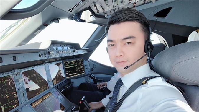 Cuộc sống phi công trẻ Hà Duy ra sao sau khi dừng đóng phim?