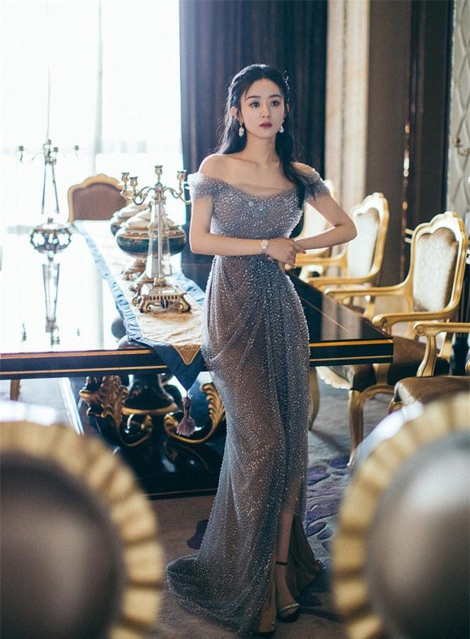 'Lên đồ' xinh như công chúa, Triệu Lệ Dĩnh bị gọi là Dương Mịch - ảnh 3