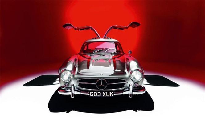Mercedes 300SL Gullwing (1954).
