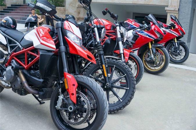 Nhiều mô tô đã cùng tụ họp tại một sự kiện ở Hà Nội.